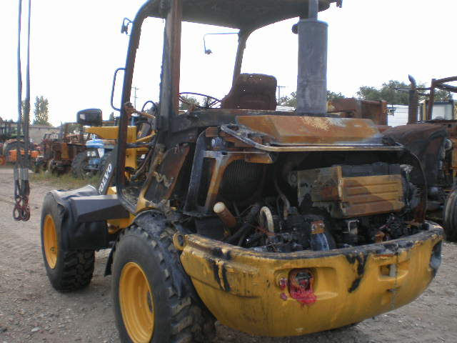 CHARGEUSE VOLVO L25F