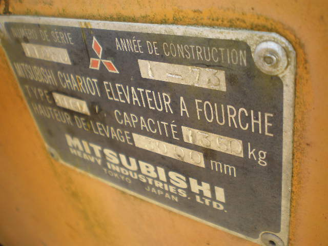 CHARIOT ELEVATEUR MITSUBSHI FG14