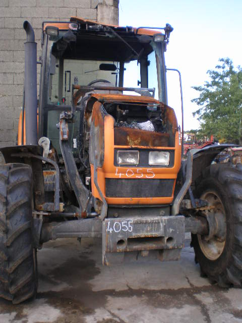TRACTEUR RENAULT ARES 546RX