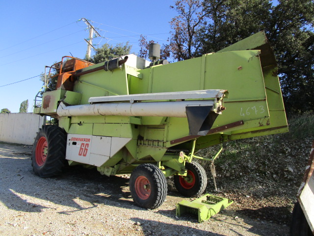 MOISSONNEUSE BATTEUSE CLAAS DOMINATOR 66