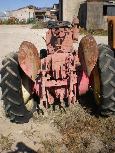TRACTEUR SIFA BB1